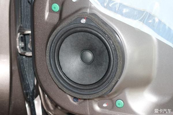 广州本田哥瑞汽车音响改装美国曼菲斯4.1系统高速声道特拉卡音响四驱图片