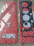宝马E60更换气门室盖垫气门油封等各种密封件