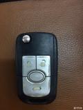 【求助帖】08款凯越电瓶没电,门锁坏了,怎么开前盖