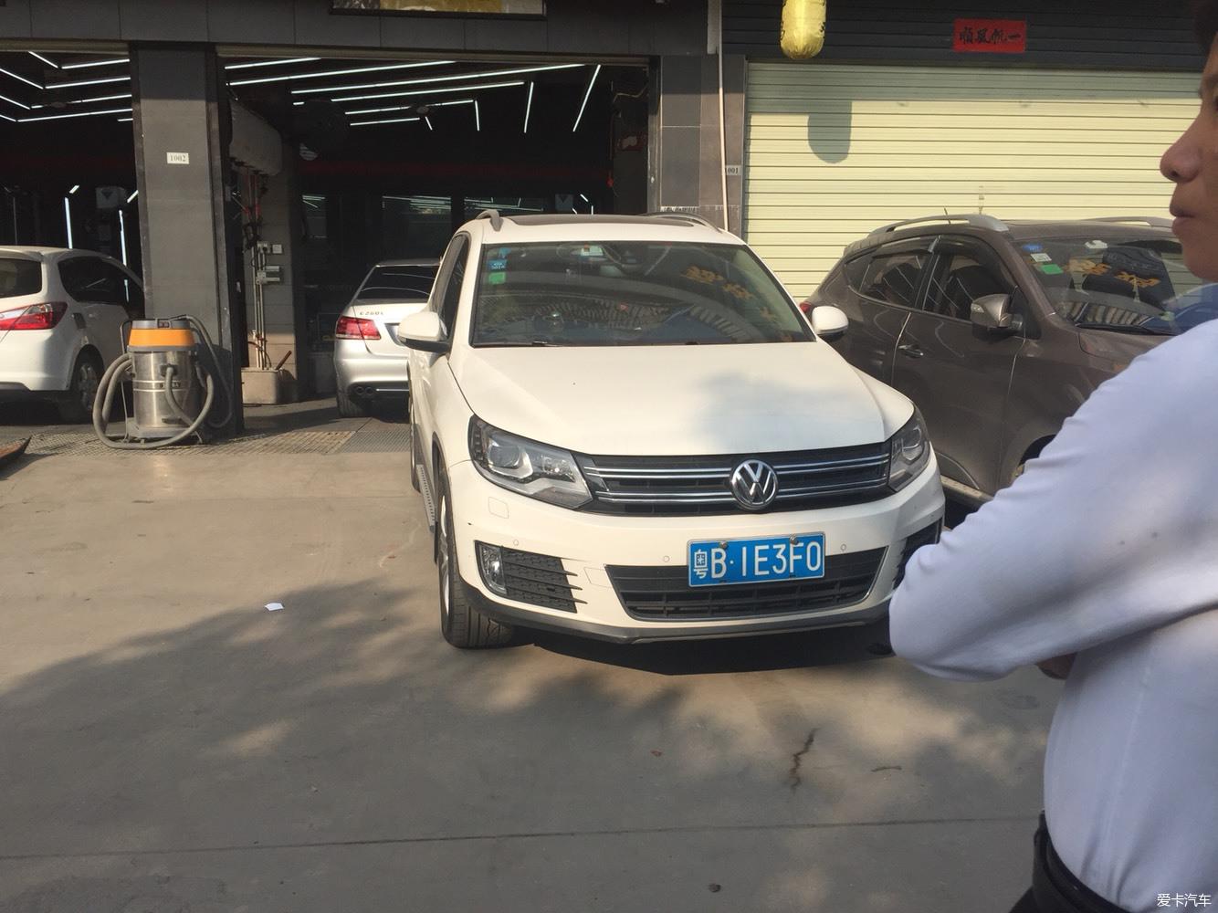 事实证明对付乱停车的无赖没有任何办法_深圳