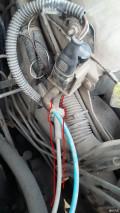 这个细管是干啥的?