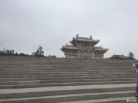 路遇梅山寺
