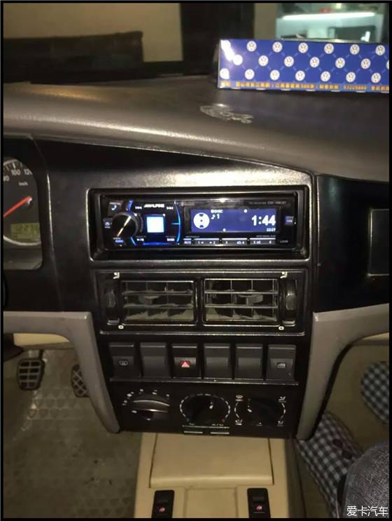 桑塔纳3000升级视频隔音常州骐迹坊汽车音响乔音响红网图片
