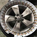 野帝前行1.4T给轮毂自喷漆膜作业