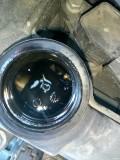 机油加注口这个黑色的划痕是磨损严重了吗?才1万5千公里