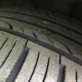 大家看看轮胎老化程度