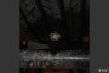 轮胎扎钉了