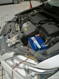 凯美瑞换蓄电池