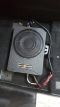 泉州艺博汽车音响改装:节奏之星雷神X10超薄炮,双炮震嗨全场