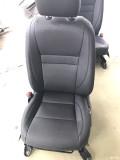 17新威驰安装织物纤维皮座椅4s店专用款