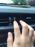 捷豹XFL中间靠副驾侧空调出风口异响
