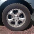 出4条爱腾18寸原装轮毂带轮胎。