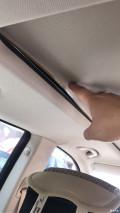 宝马GT535天窗顶蓬卷帘自然开胶,门锁块坏掉,后门撑杆坏掉