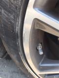 Q50s轮毂以花,伤不起的情况