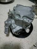 转向D70转向助力泵一个(准新)