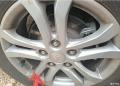 B50刹车片掉铁屑,轮圈上的都是铁末