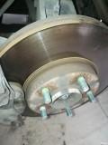更换前轮刹车盘片、火花塞