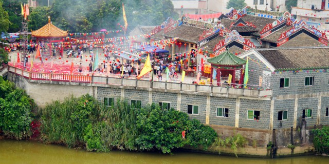 粤西大湾狮子名山节顺德流金醉影鸣石花园