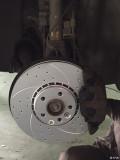 更换刹车盘,皮和刹车油管作业