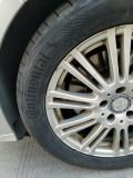 今天我去换了4条胎,发现后刹车片磨没了!