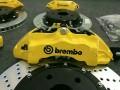 雷克萨斯升级Brembo品牌刹车