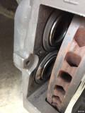 求解更换GS刹车后有异响!