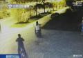 连云港一家三口组团偷车 其中一人还身穿警服