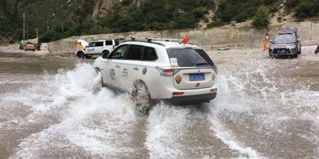 雨季阿里中北线、单车单人新藏线、新疆南疆