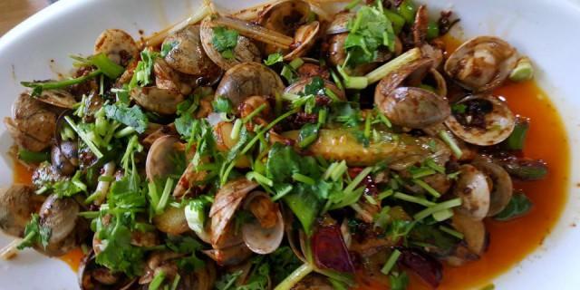 试做一把下酒良菜,麻辣干锅之香辣蛤蜊&蛤蜊丝瓜汤