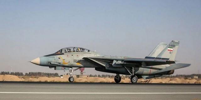 伊朗空军演习  F-14  歼-7M  米格-29比翼齐飞