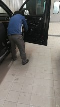 【质保期索赔】XC90免费更换车窗升降机
