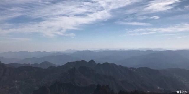 问道武当山,遨游雪景间