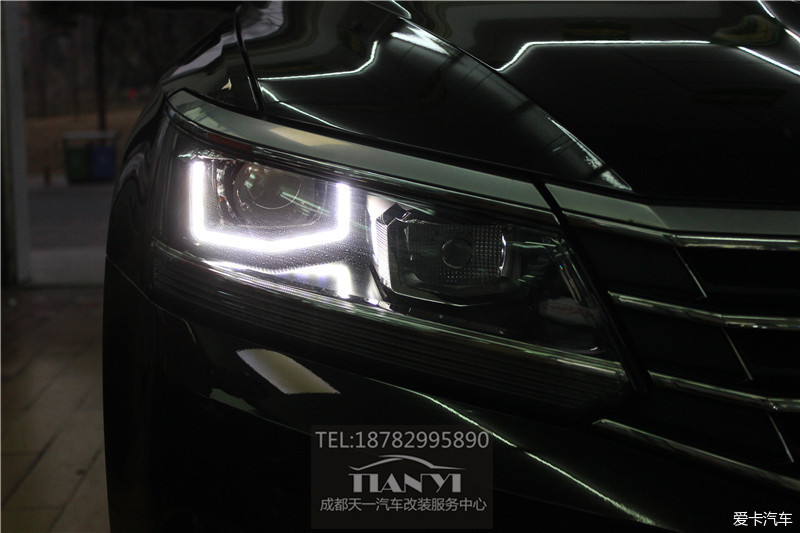 成都16-17新款帕萨特改车灯改装海拉5透镜氙气大灯日行灯