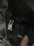 奔驰glk260 方向机防尘罩有渗油痕迹