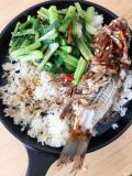 今日午餐――烤米饭干烧鱼