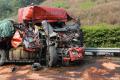 开车时应该如何避免追尾事故的发生?