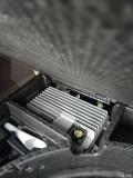 林肯MKC后备箱两个控制器是干嘛的