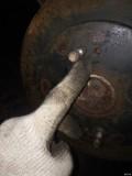 五菱更换后轮刹车分泵,刹车分泵漏油,