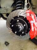 丰田红杉升级BREMBO 前大六后小四改装刹车套件鲍鱼卡钳分泵