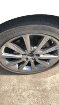 出原厂18寸轮毂加轮胎