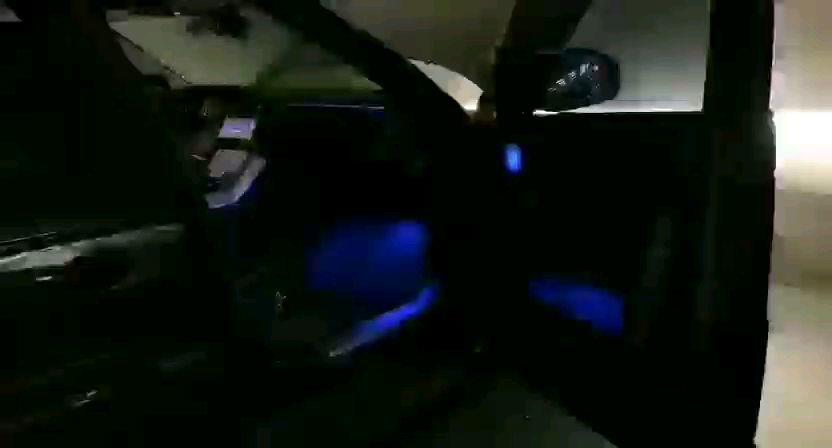 19揽运1700w发光喇叭罩