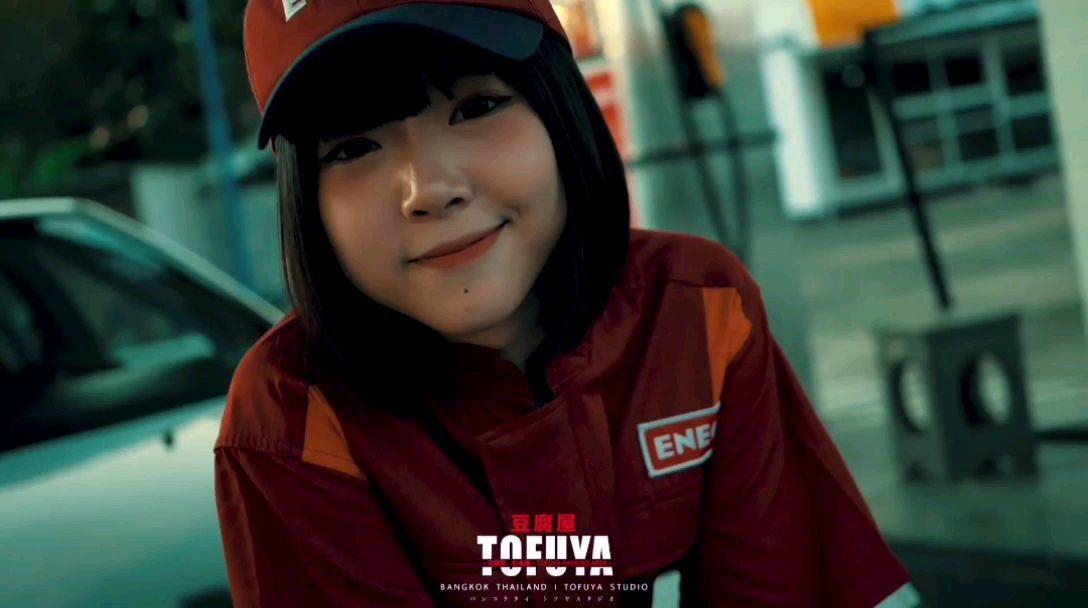 泰国版《头文字D》在加油站工作的夏树,这么可爱应该是男孩子吧~