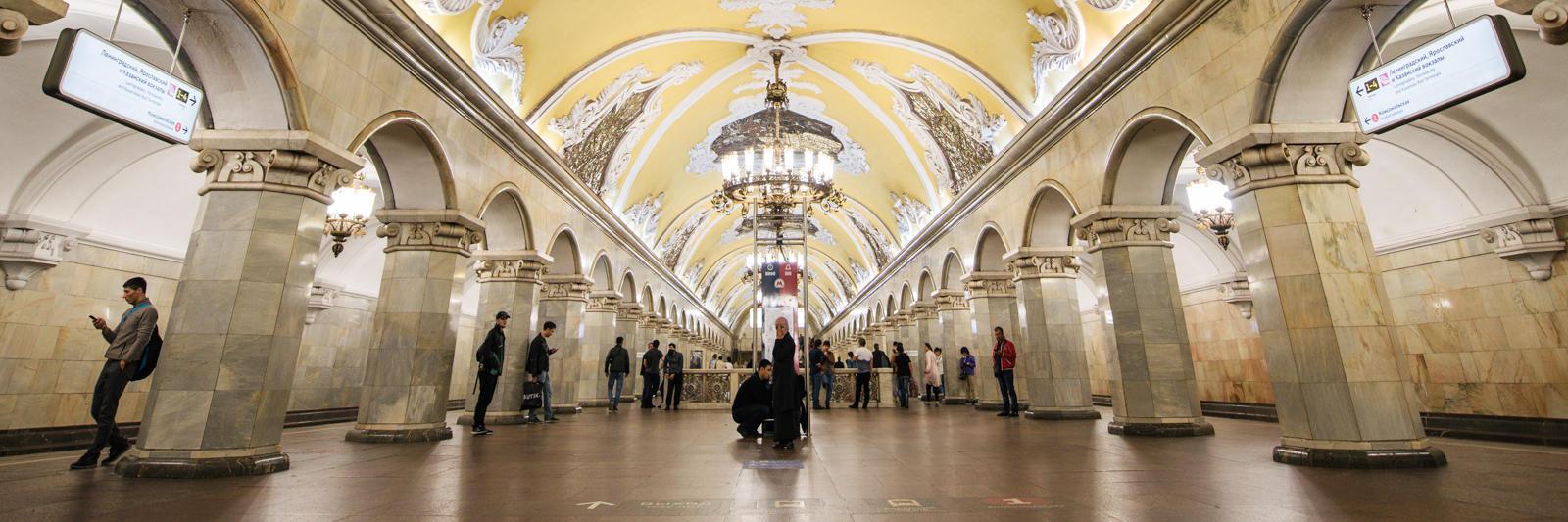 你知道全球最美的地铁站在哪吗?俄罗斯旅行必打卡