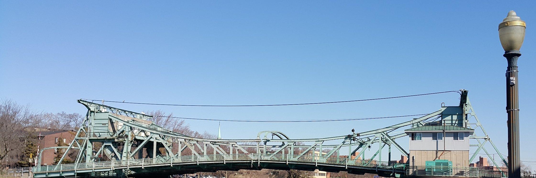 芝麻开门--朱丽叶偶遇百年铁桥开闭一刻