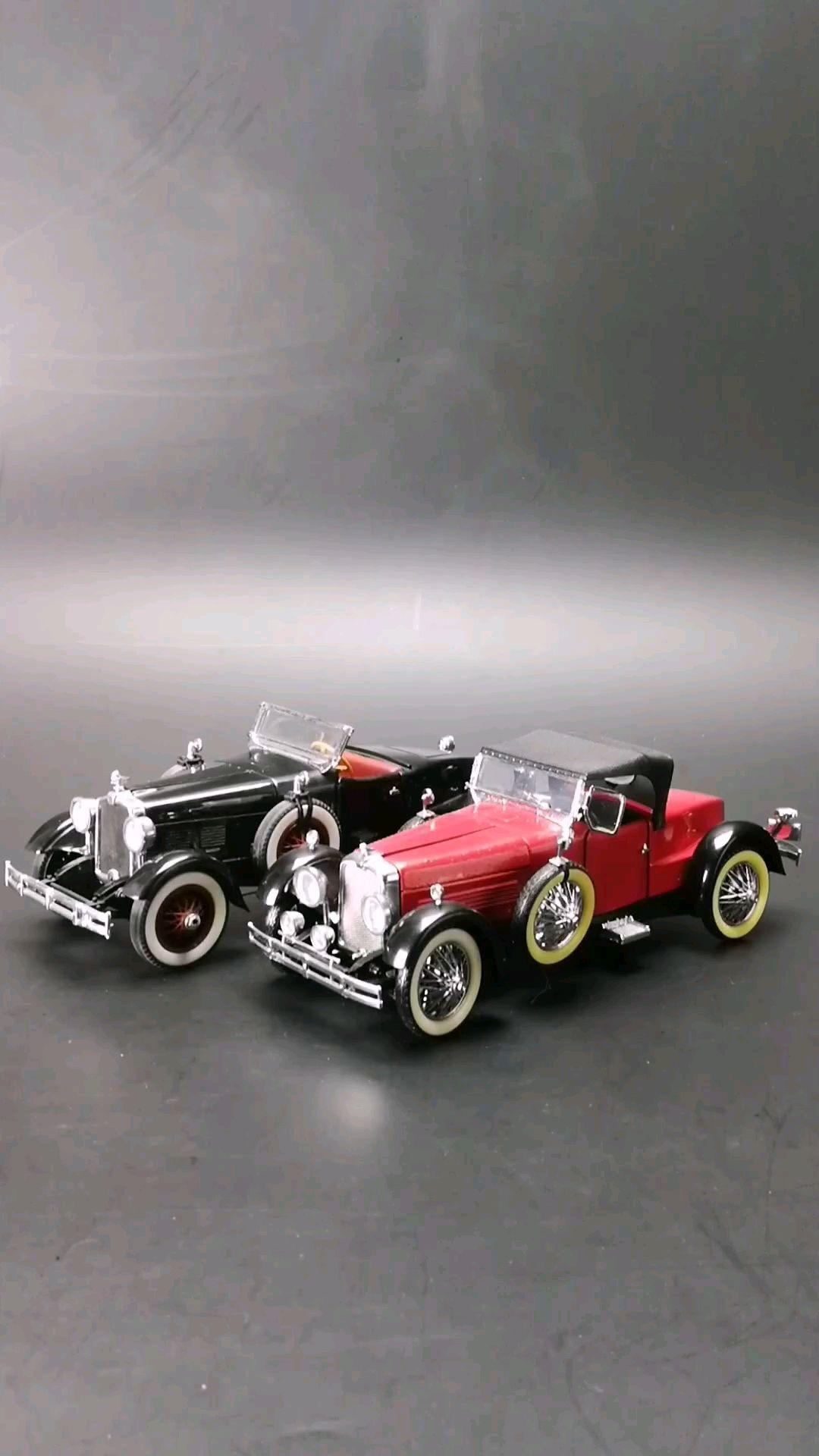 1927~28美国斯图茨船尾跑车,1:24比例,东晓汽车模型收藏馆藏品。