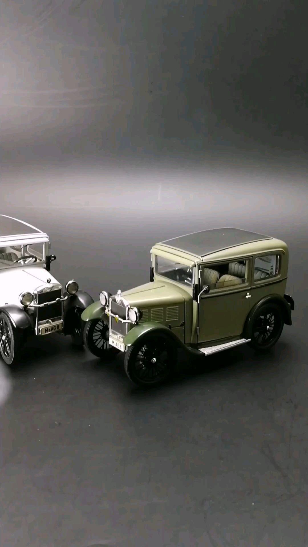 1929第一辆宝马牌轿车DIXI 3/15 ,1:18比例,东晓汽车模型收藏馆藏品。