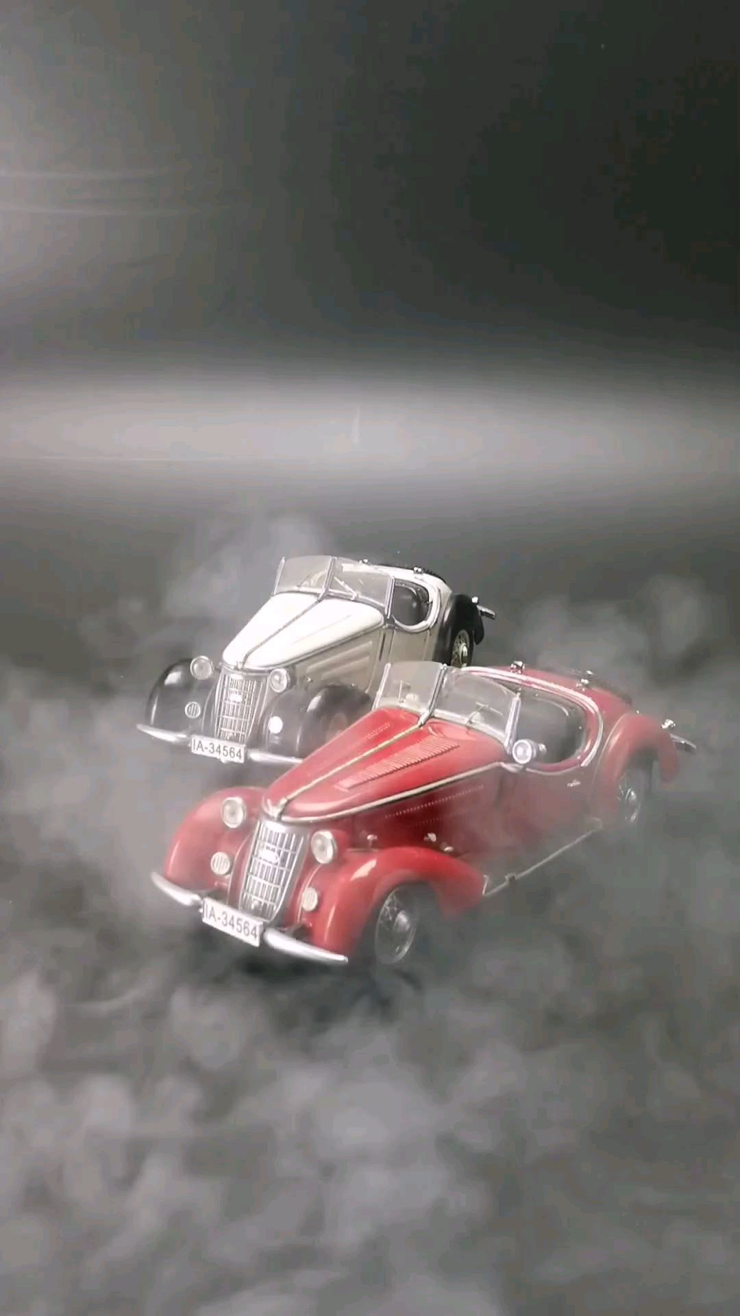 1930汽车联盟漫游者小跑车,1:24比例,东晓汽车模型收藏馆藏品。