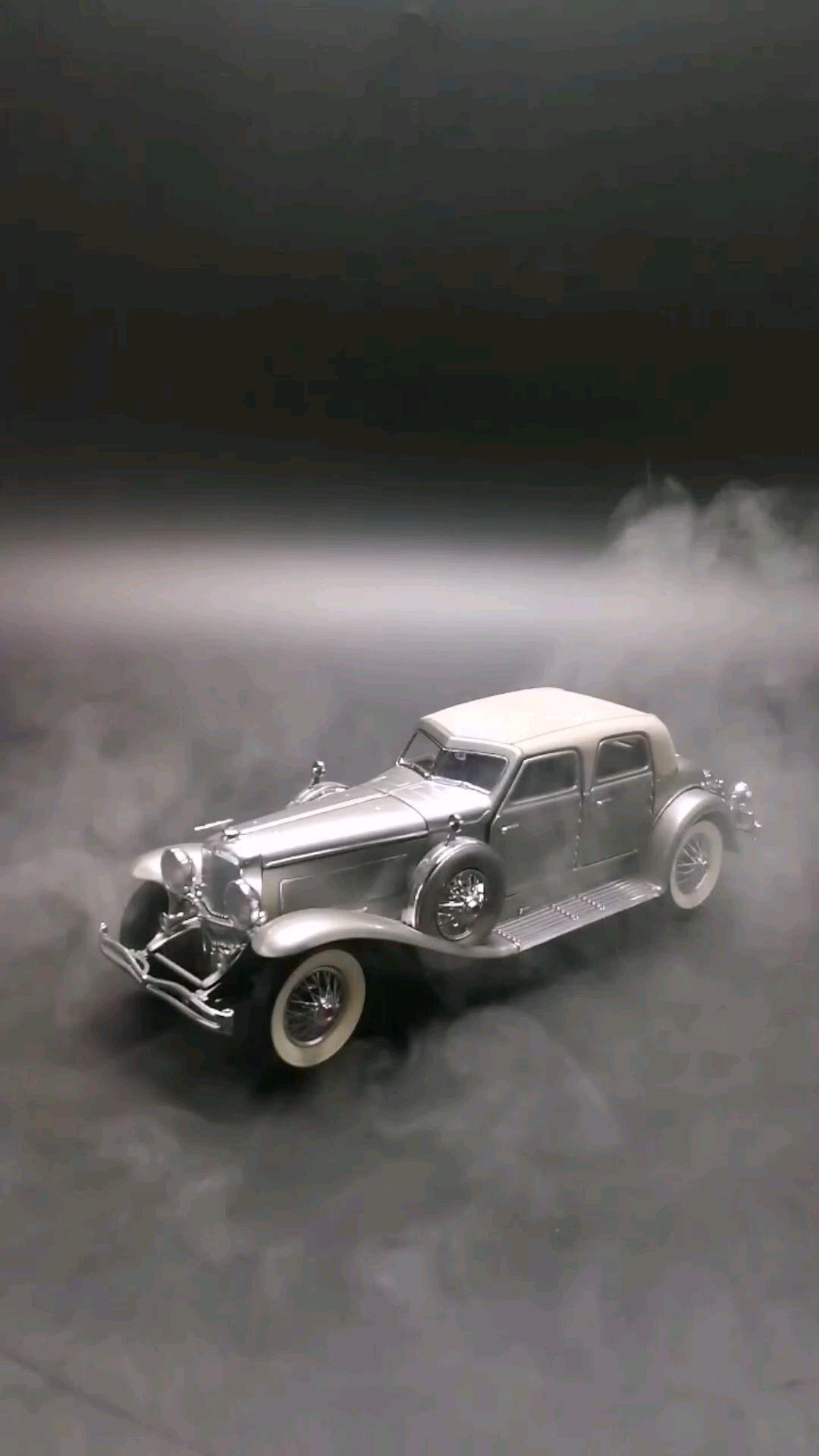 1933求盛伯格SJ轿跑车,有美国的劳斯莱斯之称,1:24,东晓汽车模型收藏馆藏品。