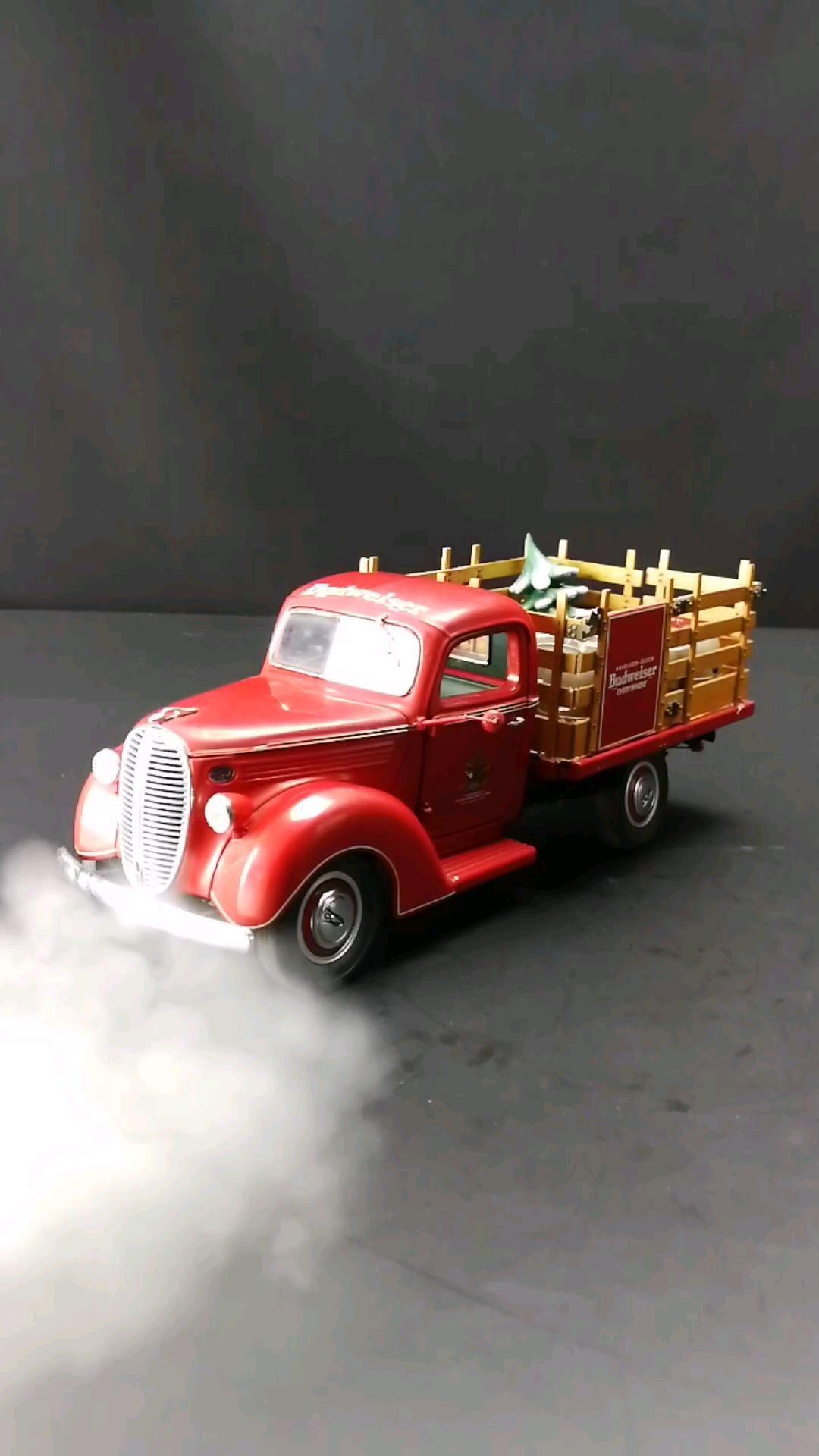 1932福特V8百威啤酒送货车,1:24比例,东晓汽车模型收藏馆藏品。