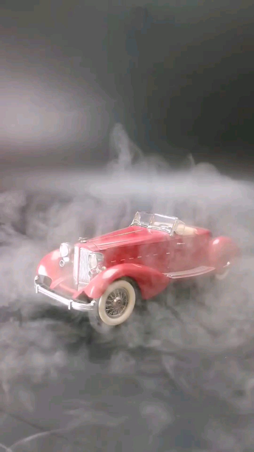 1934美国柏加V12跑车,1:24,东晓汽车模型收藏馆藏品。